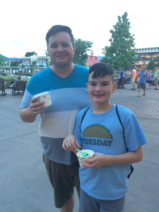 29 22 vacation island ice cream