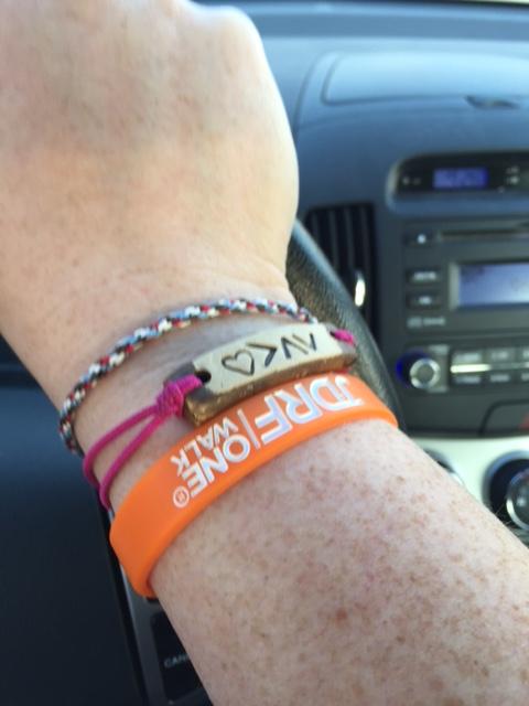13 02 t1d bracelets
