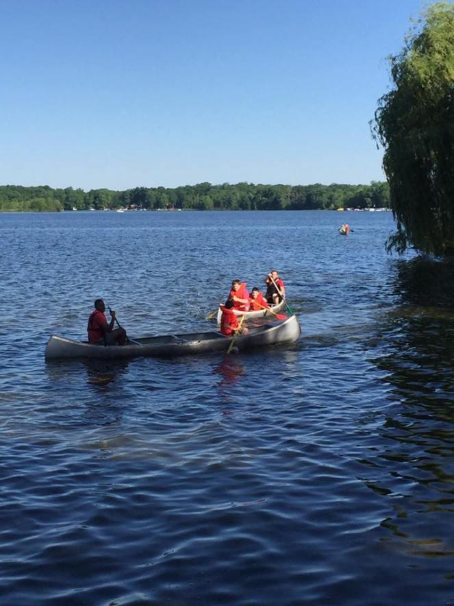 camp3 canoeing
